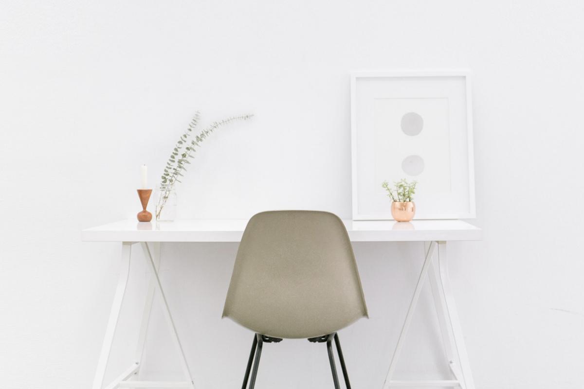 Home Desk Move Maker Cover