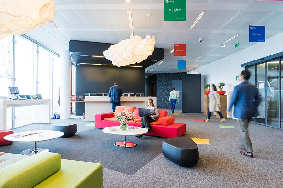 Hybrid working office